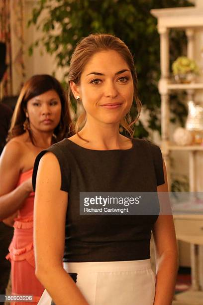 REVENGE 'Secrecy' Victoria eagerly throws Emily a bridal shower that neither of them will soon forget And when Daniel grows more distant Emily has to...