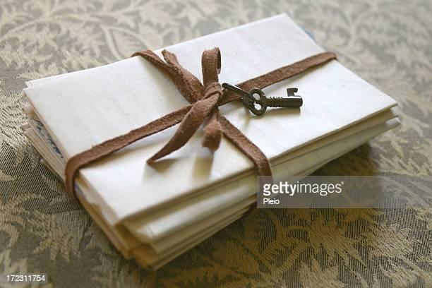 secret Buchstaben mit Schlüssel gebunden