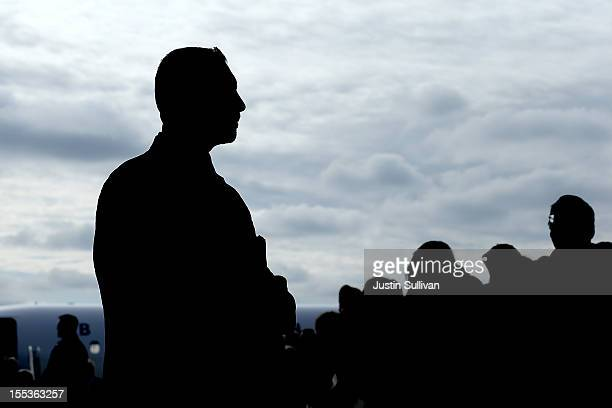 S Secret Service agents monitor the crowd as Republican presidential candidate former Massachusetts Gov Mitt Romney speaks during a campaign rally at...