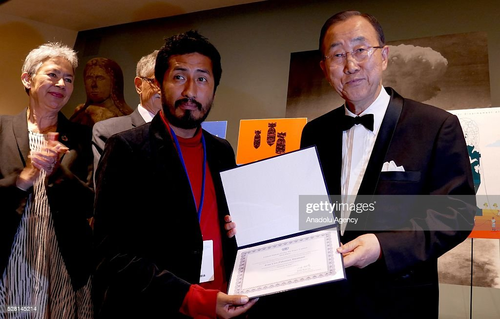 UN Secretary General Ban Ki-Moon (R) congratulates the winners of 'Disarmament Poster for Peace' competition, organized by United Nations Disarmament Department during a reception held for ranking the highest competitors at United Nations Office in New York, USA on May 4, 2016.