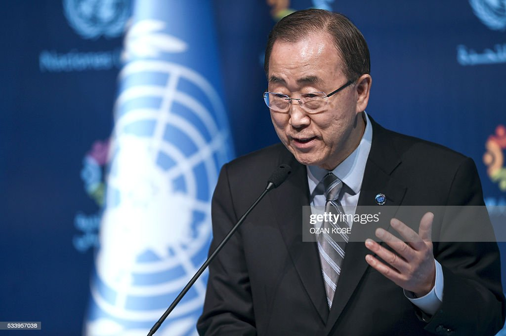 UN secretary general Ban Ki-moon gestures during a press conference on May 24, 2016, in Istanbul during the World Humanitarian Summit. President Recep Tayyip Erdogan on Monday warned the European Union that the Turkish parliament would block laws related to the landmark deal to stem the flow of migrants to Europe if Ankara was not granted its key demand of visa-free travel. / AFP / OZAN