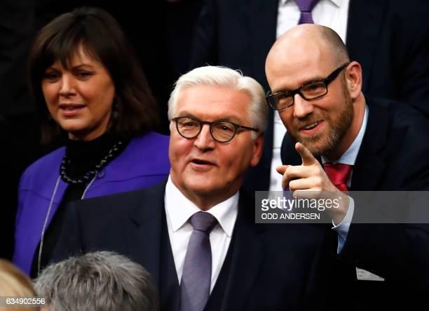 CDU Secretary General Peter Tauber talks to former German Foreign Minister FrankWalter Steinmeier as CSU politician Ilse Aigner looks on before the...