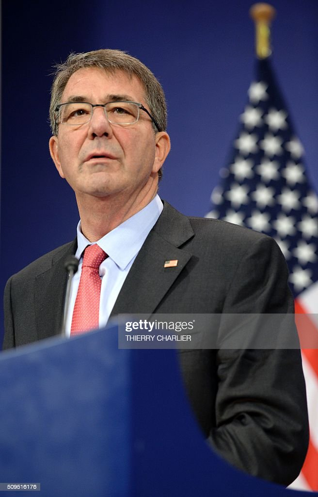 US Secretary of Defence Ashton Carter addresses the media during the North Atlantic Council (NAC) of Defence Ministers' meeting at the NATO headquarter in Brussels on February 11, 2016. / AFP / THIERRY CHARLIER