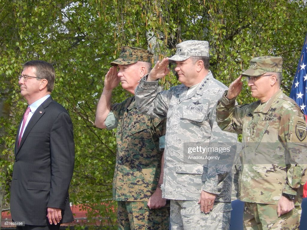 US Secretary of Defense Ashton Carter (L-R), US Marine Corps General Joseph Dunford, US Army General Curtis Scaparrotti, the new commanding officer of US and NATO troops in Europe, and his predecessor, US Air Force General Philip Breedlove, standing on stage during the change in command at the United States European Command (EUCOM), in Stuttgart, Germany, 03 May 2016.