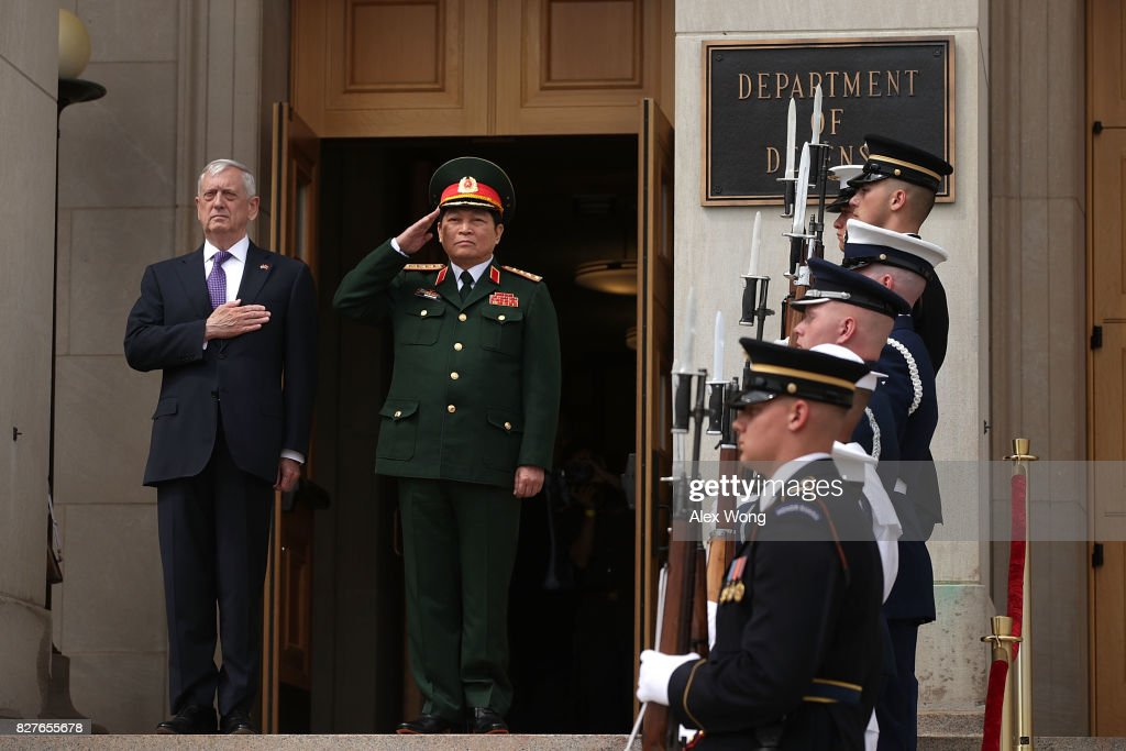 Defense Secretary James Mattis Hosts Vietnamese Defense Minister At Pentagon