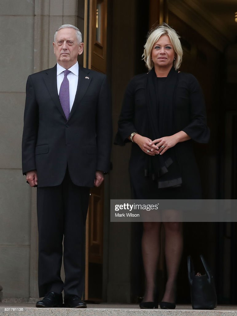 Secretary of Defense Jim Mattis welcomes Her Excellency Jeanine Hennis-Plasschaert, Minister of Defense of the Netherlands during a honor cordon at the Pentagon, on August 15, 2017 in Arlington, Virginia.