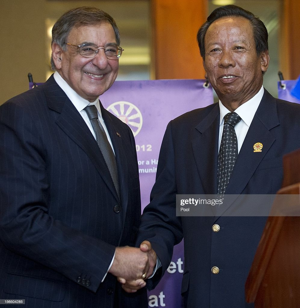 US Secretary of Defense Leon Panetta (L) shakes hands with Cambodian Minister of National Defense General Tea Banh (R) during a joint press conference at the ASEAN Defense Ministers Meeting Retreat on November 16, 2012 in Siem Reap, Cambodia. Panetta is attending a meeting retreat of 10 southeast Asian defense ministers ahead of a visit by President Barak Obama next week.