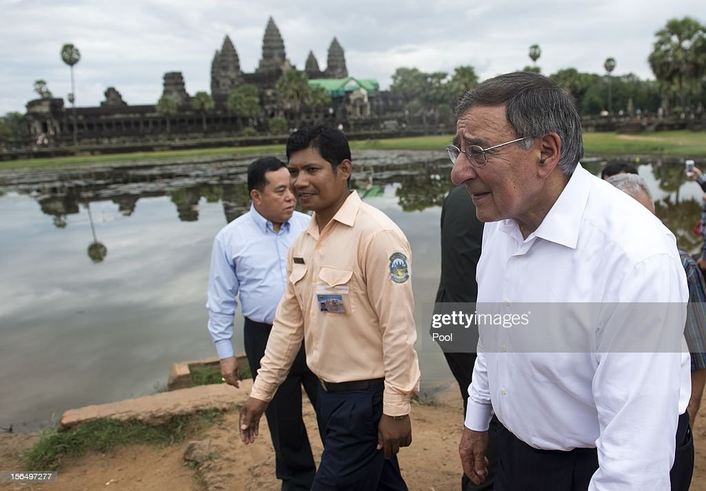 US Secretary of Defense Leon Panetta (R) visits Angkor Wat following the ASEAN Defense Ministers Meeting Retreat on November 16, 2012 in Siem Reap, Cambodia. Panetta is attending a meeting retreat of 10 southeast Asian defense ministers ahead of a visit by President Barak Obama next week.