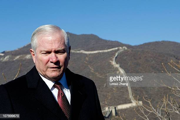 S Secretary of Defense Robert Gates poses for pictures at the Mutianyu part of the Great Wall on January 12 2011 in Beijing China Gates' fiveday...