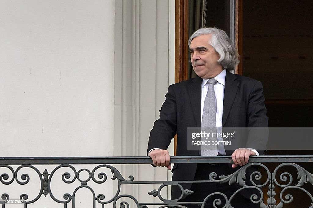 US Secretary of Energy <a gi-track='captionPersonalityLinkClicked' href=/galleries/search?phrase=Ernest+Moniz&family=editorial&specificpeople=7551550 ng-click='$event.stopPropagation()'>Ernest Moniz</a> takes a break on a balcony between negotiation sessions on Iran nuclear talks on March 26, 2015 in Lausanne. US Secretary of State John Kerry and his Iranian counterpart held down-to-the-wire talks in Switzerland, with US officials insisting the contours of a historic nuclear deal were in sight just days before a deadline.
