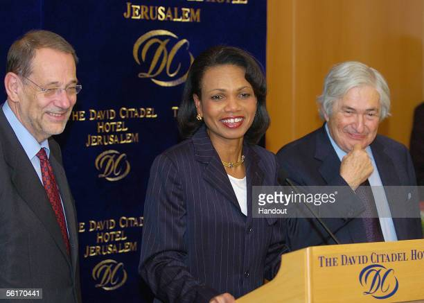 Secretary of State Condoleezza Rice speaks to journalists with EU Foreign policy chief Javier Solana and international MidEast envoy James Wolfensohn...