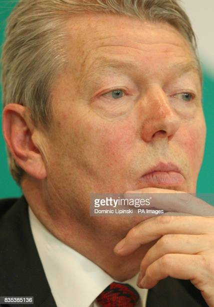 Secretary of State for Health Alan Johnson at a press conference at the Department of Health Westminster London about the UK's plans for a possible...