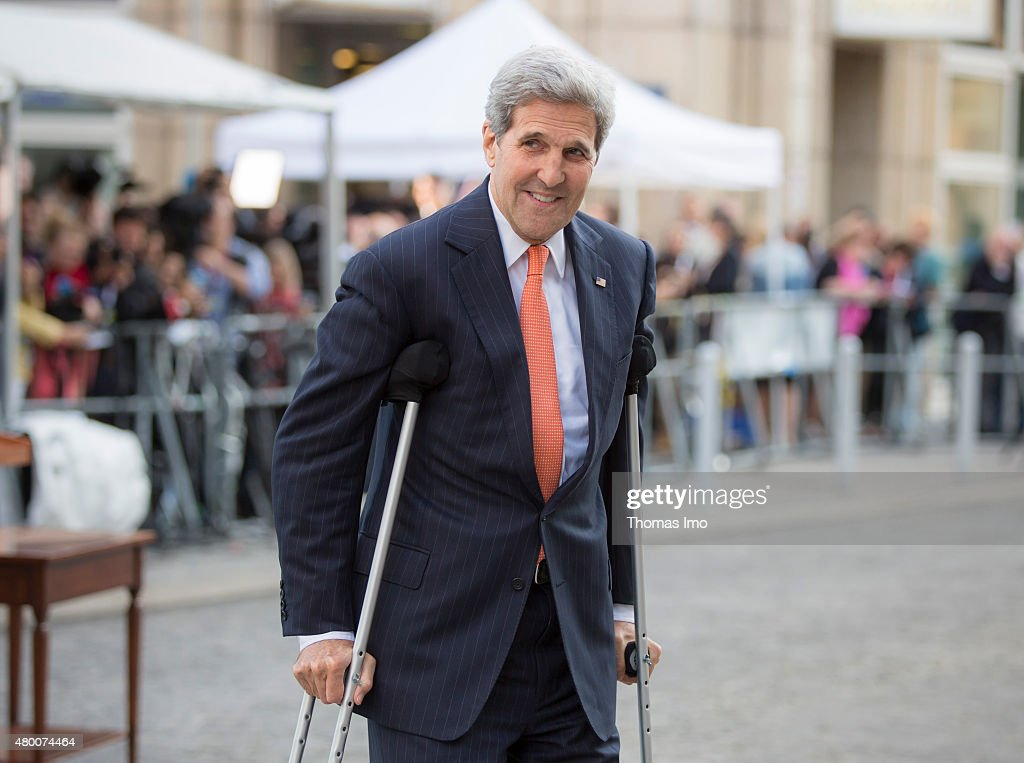 Secretary of State John Kerry arrives to speak to the press during the nuclear talks between the E3+3 (France, Germany, UK, China, Russia, US) and Iran on July 09, 2015 in Vienna, Austria. Negotiators with USA, Britain, China, France, Germany and Russia are meeting with Iran to finalize an interim deal over Iran's nuclear program.