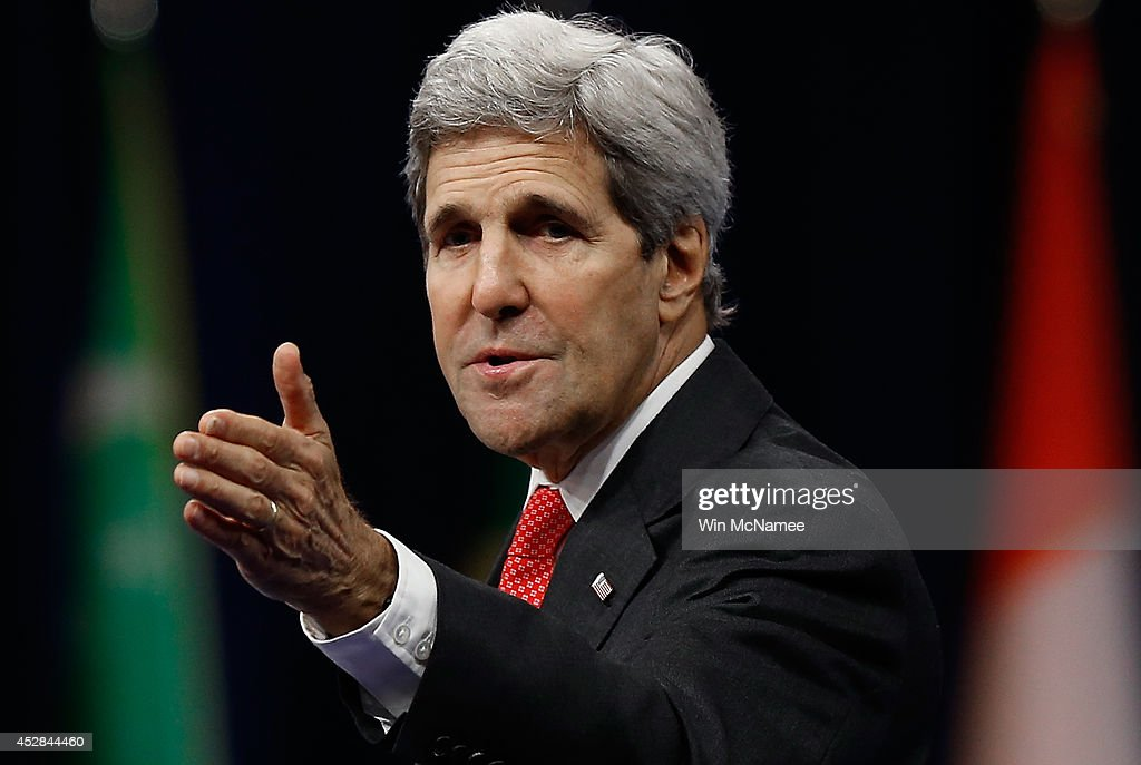 U.S. Secretary of State <a gi-track='captionPersonalityLinkClicked' href=/galleries/search?phrase=John+Kerry&family=editorial&specificpeople=154885 ng-click='$event.stopPropagation()'>John Kerry</a> delivers opening remarks at the Washington Fellowship for Young African Leaders Presidential Summit July 28, 2014 in Washington, DC. The three day summit brings together 500 of sub-Saharan Africa's young leaders to meet with business and governmental leaders from the United States.