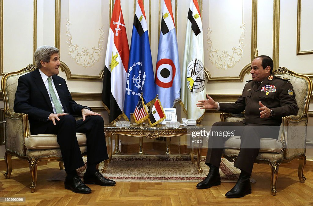 US Secretary of State John Kerry (L) meets with General Abdel Fattah al-Sissi, Egyptian defence minister and commander of the armed forces, at the defence ministry in Cairo on March 3, 2013. Kerry urged bickering Egyptian political leaders to forge a consensus to pave the way for aid that could help lift their country out of its deep economic crisis.