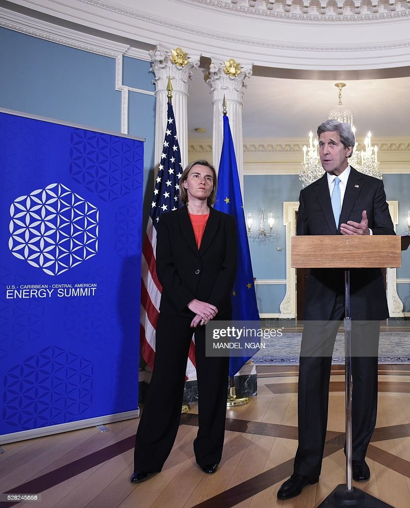 US Secretary of State John Kerry (R) speaks during a meeting with European Union Foreign Affairs and Security Policy High Representative Federica Mogherini at the State Department on May 4, 2016. / AFP / Mandel Ngan