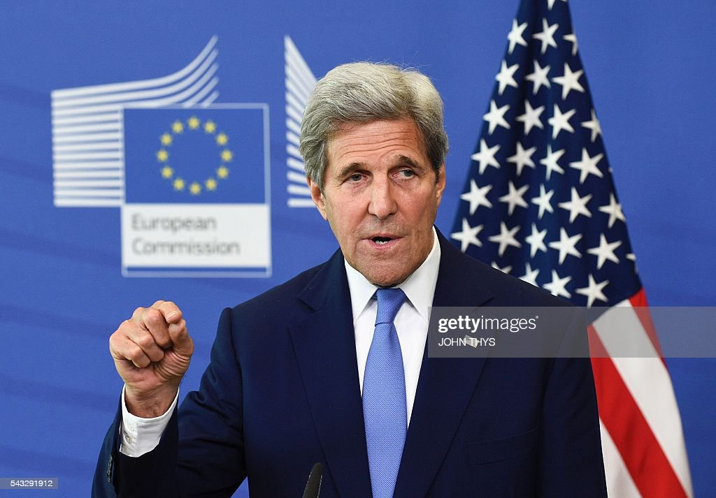US Secretary of State John Kerry speaks during a press conference after a meeting at the EU headquarters in Brussels on June 27, 2016. US Secretary of State John Kerry on June 27 urged European Union members not to 'lose their head' after Britain voted to become the first member of the 28-nation bloc to leave. / AFP / JOHN