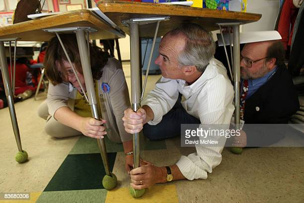 Secretary of the Interior Dirk Kempthorne and United States Geological Service Seismologist Lucy Jones participate with students of Stevenson...