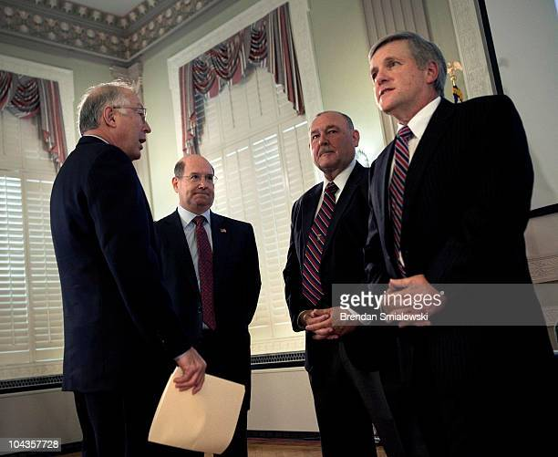 Secretary of the Interior Kenneth L Salazar Don Winter of the National Academy of Engineering Gulf Oil Spill National Incident Commander Adm Thad...