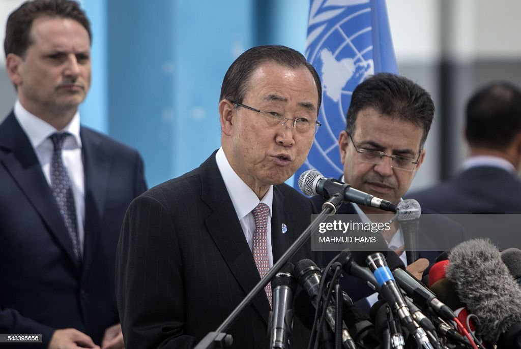 UN Secretary-General Ban Ki-moon (C) gives a press conference at a United Nations school in Gaza City on June 28, 2016. UN chief Ban Ki-moon the previous day urged Israelis and Palestinians not to allow extremists on either side to fan violence, as he arrived as part of a Middle East tour. HAMS