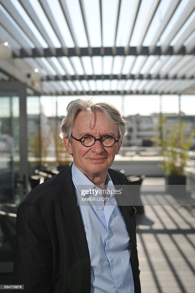 Secretary-general of Force Ouvriere (FO) French worker's union Jean-Claude Mailly poses on May 25, 2016 during the 22nd Congress of FO Metals Federation held from 25 to 27 May 2016 in La Rochelle, southwestern France. / AFP / XAVIER