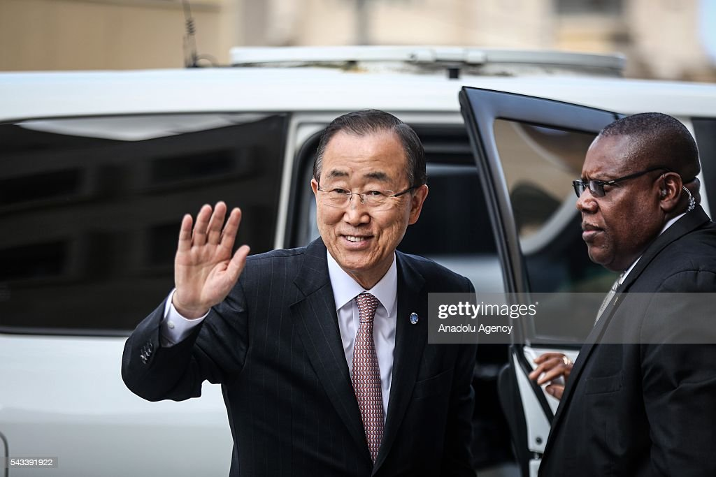Secretary-General of the United Nations Ban Ki-moon (L) greets the press members during his visit at Hamad bin Khalifa Al Thani hospital in Gaza City, Gaza on June 28, 2016.