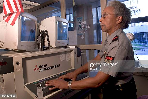 Securitas Photos and Pictures – Securitas Security Job