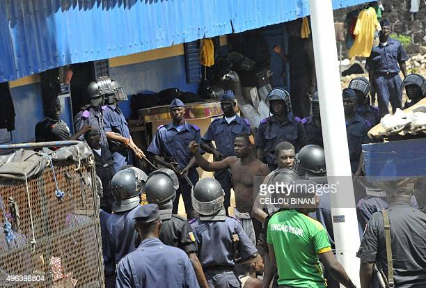 Security forces lock down a prison during an attempted prison escape on November 9 2015 in Conakry A mutiny broke out on November 9 in the civil...