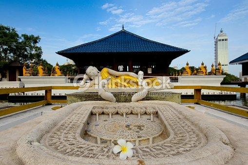 Seema Malaka Temple On Beira Lake Colombo Sri Lanka Stock Photo