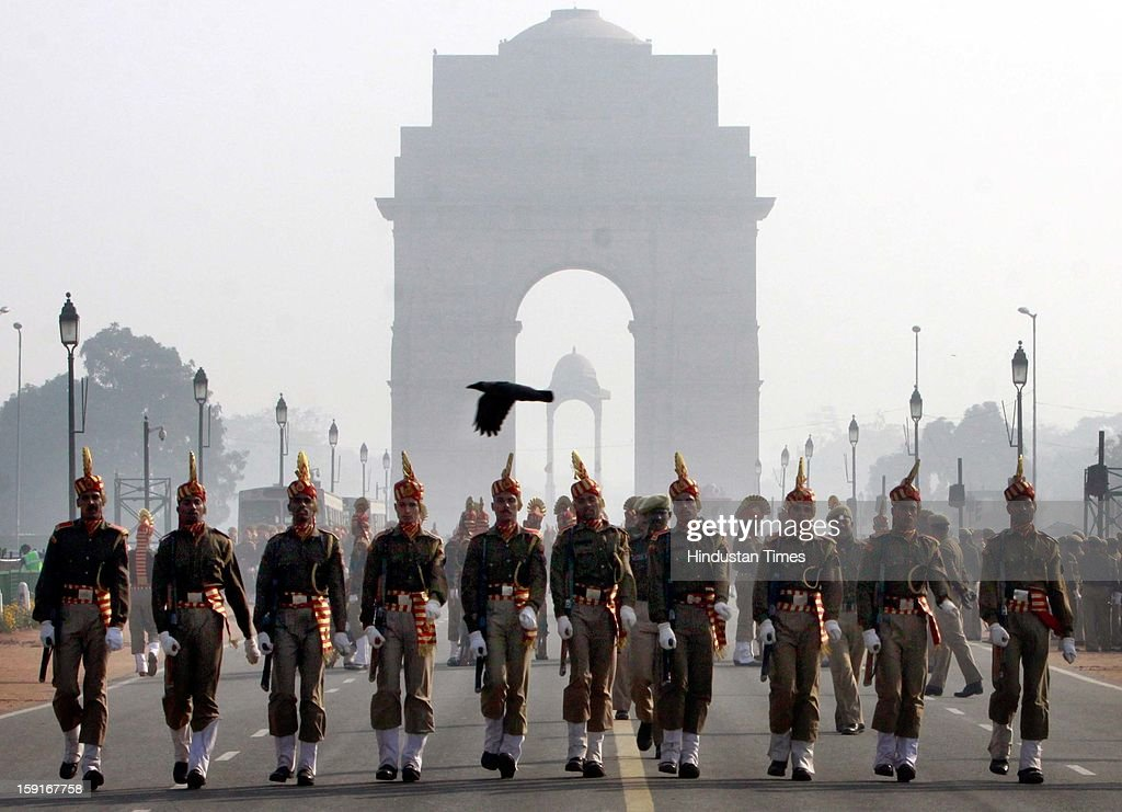 Seema Surksha Bal jawans rehearse march past for the upcoming Republic Day 2013 at Rajpath during the cold weather on January 8, 2013 in New Delhi, India.