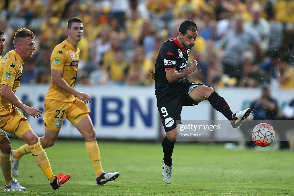Segio Cirio of Adelaide shoots for goal during the round 19 A-League match between the Central Coast Mariners and Adelaide United at Central Coast Stadium on February 14, 2016 in Gosford, Australia.