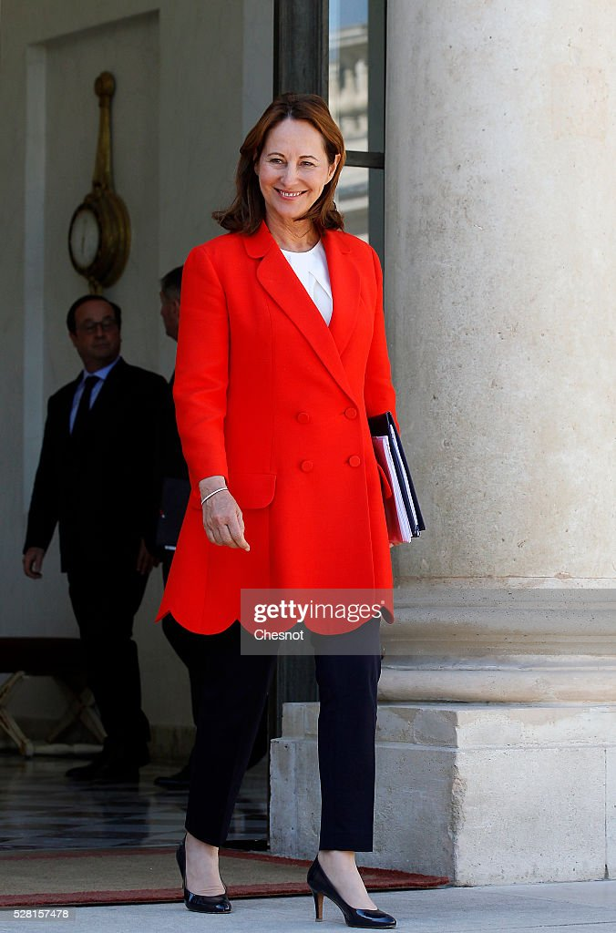 <a gi-track='captionPersonalityLinkClicked' href=/galleries/search?phrase=Segolene+Royal&family=editorial&specificpeople=546504 ng-click='$event.stopPropagation()'>Segolene Royal</a>, French Minister of Ecology, Sustainable Development and Energy leaves after a weekly cabinet meeting at the Elysee Presidential Palace on May 04, 2016 in Paris, France.