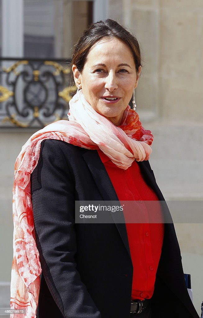 <a gi-track='captionPersonalityLinkClicked' href=/galleries/search?phrase=Segolene+Royal&family=editorial&specificpeople=546504 ng-click='$event.stopPropagation()'>Segolene Royal</a>, Minister of Ecology, Sustainable Development and Energy leaves after a cabinet meeting at the Elysee Palace on April 23, 2014 in Paris, France. It is the fourth weekly cabinet meeting of France's newly appointed government of Prime Minister Manuel Valls.