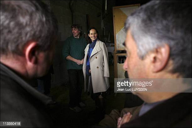 Segolene Royal With The Farmers In Melle France On January 14 2007 Segolene Royal meets and talks to the IMPACT net farmers about the durable et...