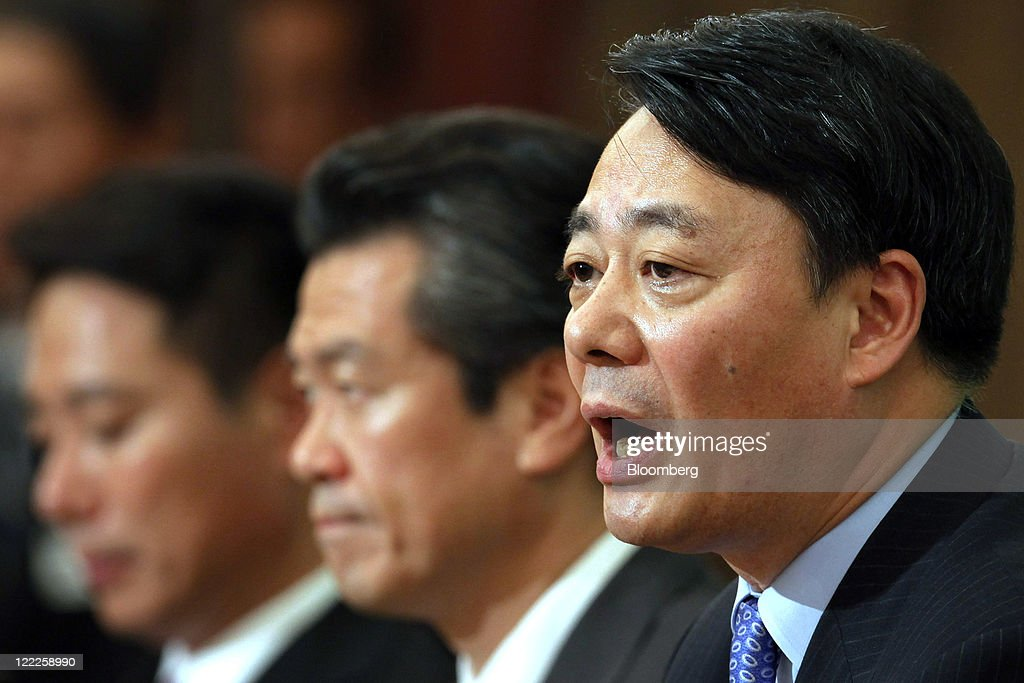 <a gi-track='captionPersonalityLinkClicked' href=/galleries/search?phrase=Seiji+Maehara&family=editorial&specificpeople=2247548 ng-click='$event.stopPropagation()'>Seiji Maehara</a>, Japan's former foreign minister, left, and Sumio Mabuchi, former land, infrastructure, and transport minister, second from left, listen as <a gi-track='captionPersonalityLinkClicked' href=/galleries/search?phrase=Banri+Kaieda&family=editorial&specificpeople=7193235 ng-click='$event.stopPropagation()'>Banri Kaieda</a>, economy, trade and industry minister, speaks during a joint news conference by candidates for the leadership of the Democratic Party of Japan (DPJ) at the Japan National Press Club in Tokyo, Japan, on Saturday, Aug. 27, 2011. Five candidates to succeed Japanese Prime Minister Naoto Kan began their campaigns today as Kaieda won key backing from a party powerbroker. Photographer: Kiyoshi Ota/Bloomberg via Getty Images