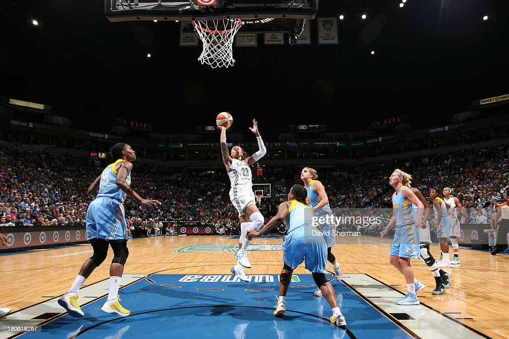 <a gi-track='captionPersonalityLinkClicked' href=/galleries/search?phrase=Seimone+Augustus&family=editorial&specificpeople=540457 ng-click='$event.stopPropagation()'>Seimone Augustus</a> #33 of the Minnesota Lynx shoots the ball against the Chicago Sky during the WNBA game on September 14, 2013 at Target Center in Minneapolis, Minnesota.