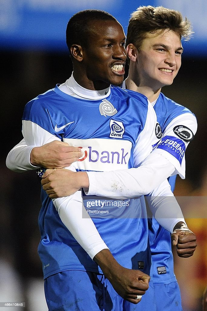 Sekou Cisse of KRC Genk celebrates scoring 02 with Pieter Gerkens of KRC Genk during the Jupiler Pro League match between KV Mechelen and KRC Genk on...