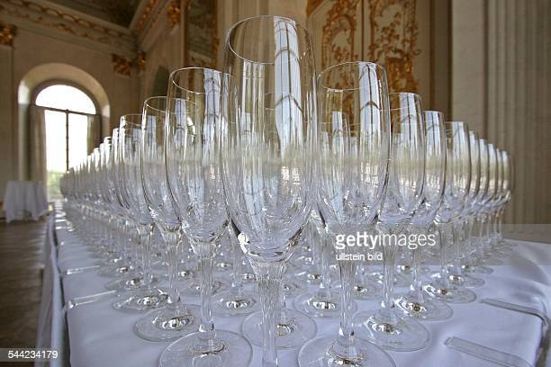 Sektglaeser bereitgestellt fuer einen Sektempfang im Schloss Charlottenburg Editorialuseonly...