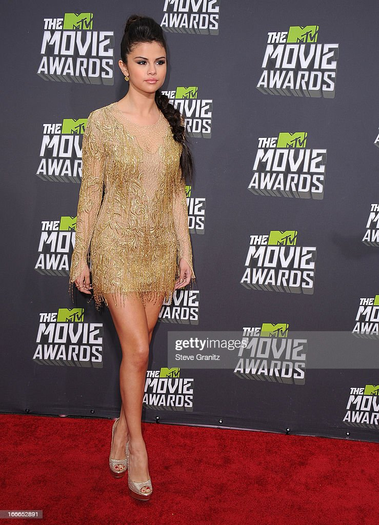 Selena Gomez arrives at the 2013 MTV Movie Awards at Sony Pictures Studios on April 14, 2013 in Culver City, California.