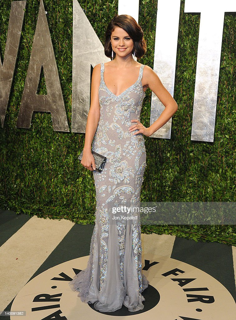 Selena Gomez attends the 2012 Vanity Fair Oscar Party at Sunset Tower on February 26, 2012 in West Hollywood, California.