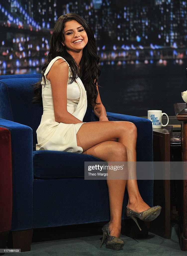 <a gi-track='captionPersonalityLinkClicked' href=/galleries/search?phrase=Selena+Gomez&family=editorial&specificpeople=4295969 ng-click='$event.stopPropagation()'>Selena Gomez</a> visits 'Late Night With Jimmy Fallon' at Rockefeller Center on June 23, 2011 in New York City.