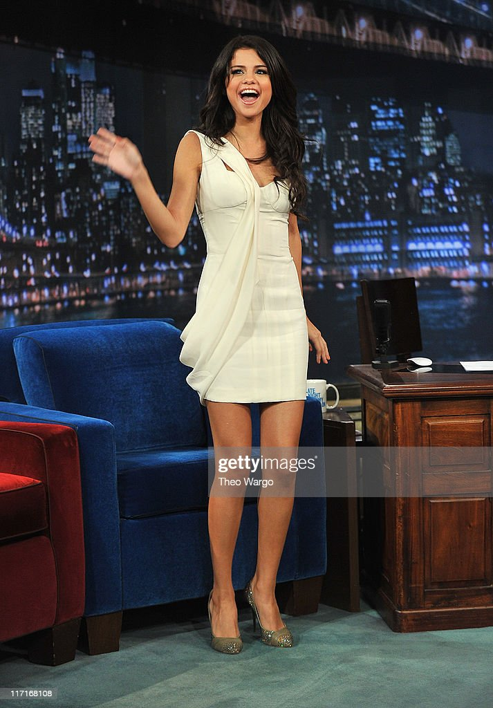 Selena Gomez visits 'Late Night With Jimmy Fallon' at Rockefeller Center on June 23, 2011 in New York City.