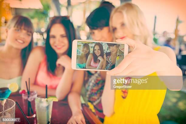 Selfie al bar della spiaggia