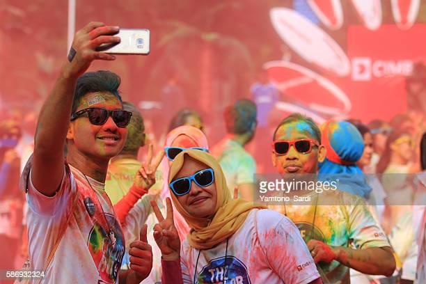 Selfie in colorful