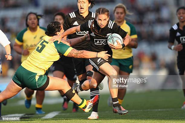 Selica Winiata of the Black Ferns makes a break during the international womens Test match between the New Zealand Black Ferns and the Australian...