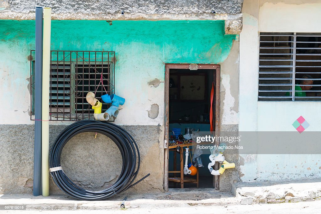 Selling hardware store items in private house After economic changes many Cubans are able to open small private business