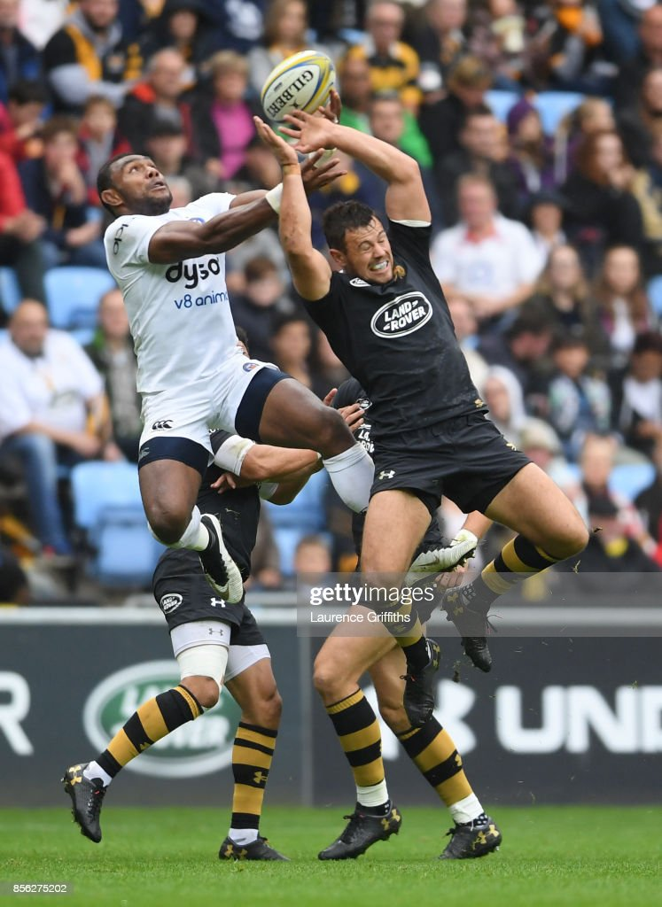 Semesa Rokoduguni of Bath rises for the ball with Rob Miller of Wasps during the Aviva Premiership match between Wasps and Bath Rugby at The Ricoh Arena on October 1, 2017 in Coventry, England.