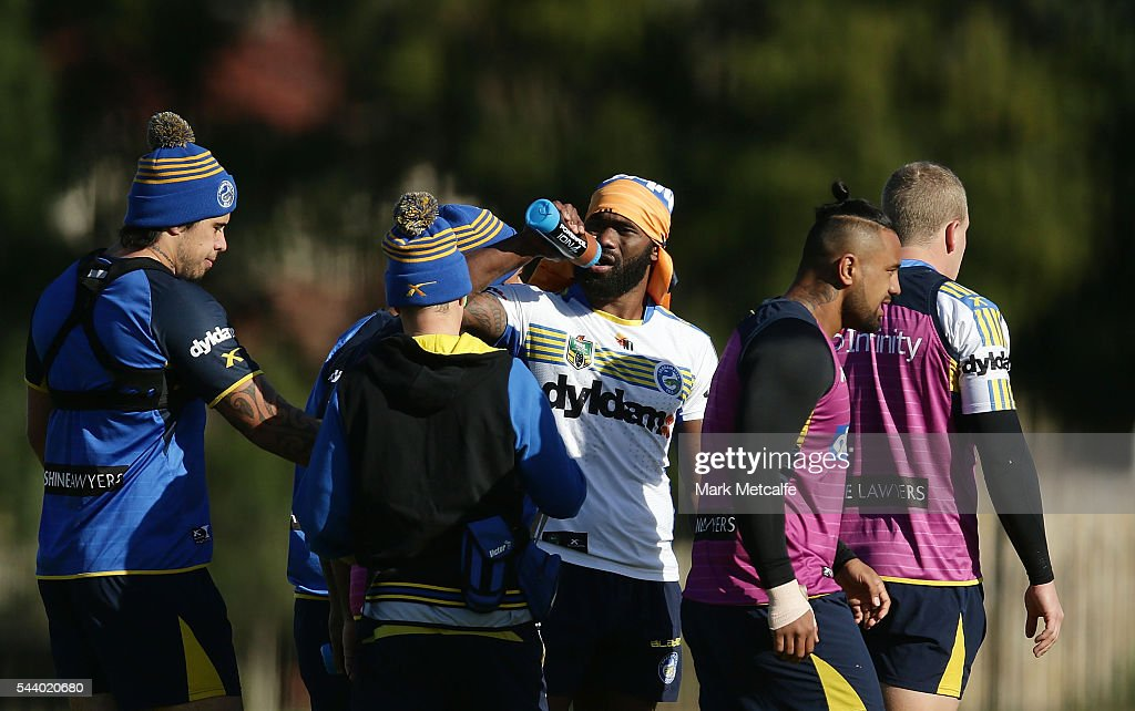 <a gi-track='captionPersonalityLinkClicked' href=/galleries/search?phrase=Semi+Radradra&family=editorial&specificpeople=7896121 ng-click='$event.stopPropagation()'>Semi Radradra</a> during a Parramatta Eels training session at the Eels Training Centre on July 1, 2016 in Sydney, Australia.