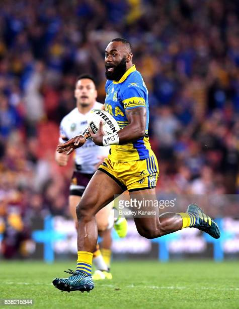 Semi Radradra of the Eels breaks away from the defence before going on to score a try during the round 25 NRL match between the Brisbane Broncos and...