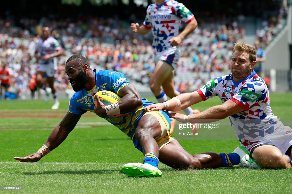 Semi Radradra of the Eels scores a try during the 2016 Auckland Nines quarterfinal match between the Eels and the Newcastle Knights at Eden Park on February 7, 2016 in Auckland, New Zealand.